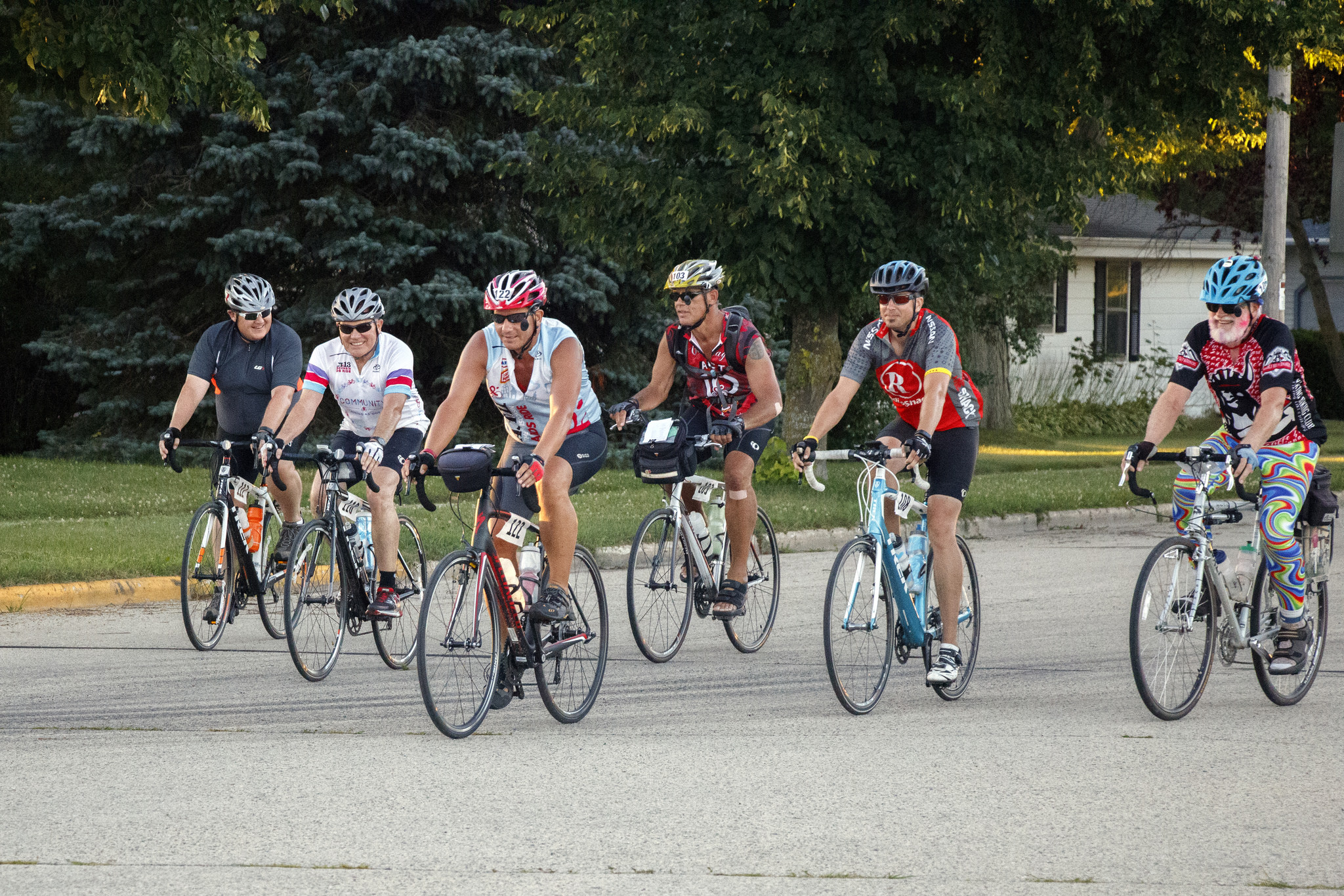 wis aids ride 2016 riders in a row day 3.jpg